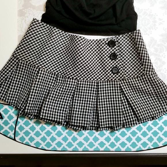Charlotte Russe Dresses & Skirts - 90s VTG Wrap Mini Skirt